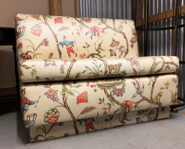 American Chinoiserie Brunschwig & Fils Modern Polished Cotton Cream Banquette Bench For Sale