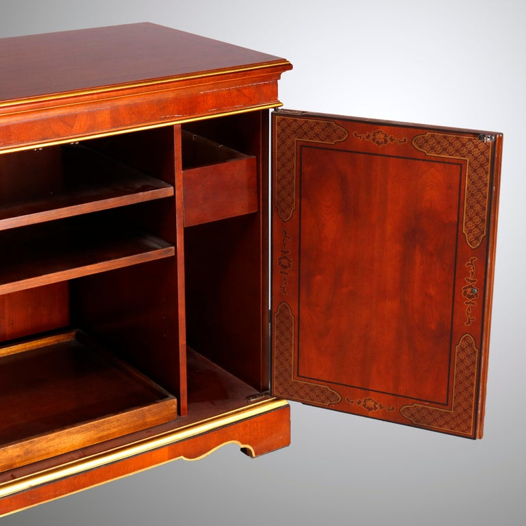 Chinoiserie Decorated Parcel-Gilt Mahogany Credenza by Drexel, 20th Century For Sale 13