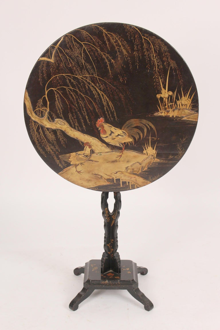 Chinese export chinoiserie decorated tilt top table, with chickens, circa 1890-1910. With excellent quality raised chinoiserie decoration.
