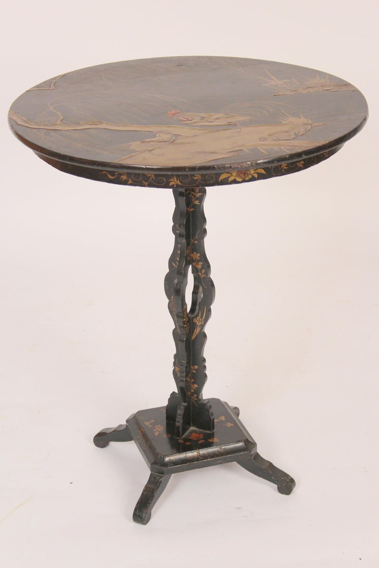 Chinese Chinoiserie Decorated Tilt Top Table For Sale