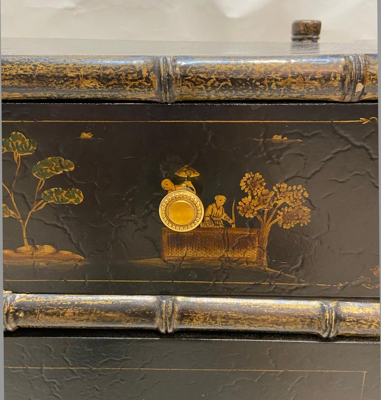 Chinoiserie Faux Bamboo Stand In Good Condition For Sale In West Palm Beach, FL