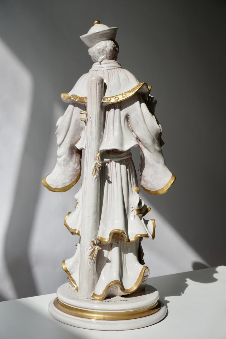 Italian Porcelain Figure by Batiguani In Good Condition For Sale In Antwerp, BE
