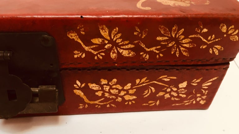Chinoiserie Leather Red and Gilt Hand Painted Box For Sale 8