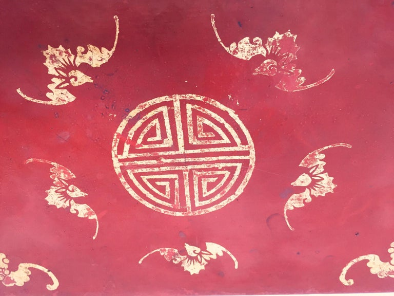 Chinoiserie Leather Red and Gilt Hand Painted Box For Sale 10