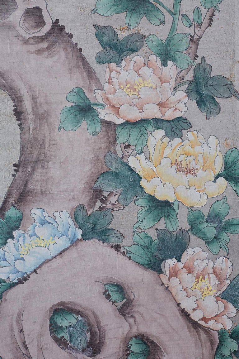 Chinoiserie Painted Silver Leaf Six-Panel Wallpaper Screen For Sale 9