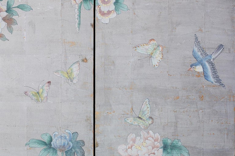 Chinoiserie Painted Silver Leaf Six-Panel Wallpaper Screen For Sale 12