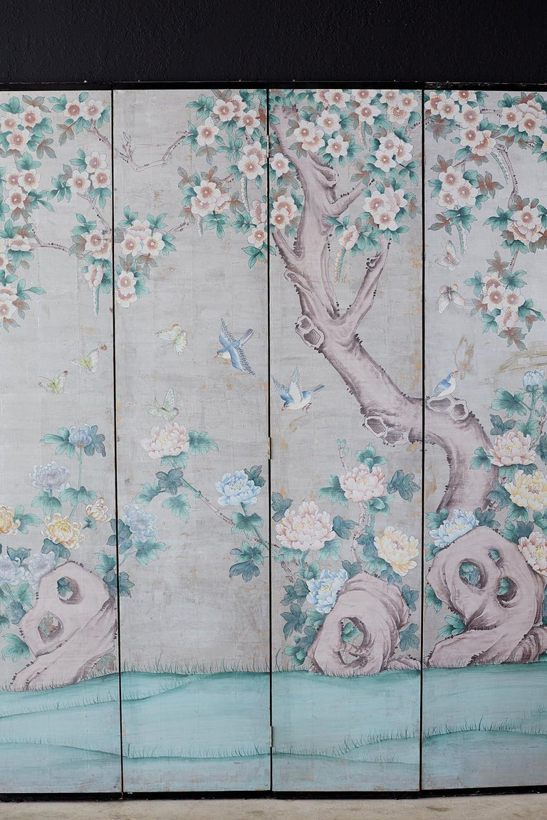 Chinoiserie Painted Silver Leaf Six-Panel Wallpaper Screen In Good Condition For Sale In Oakland, CA