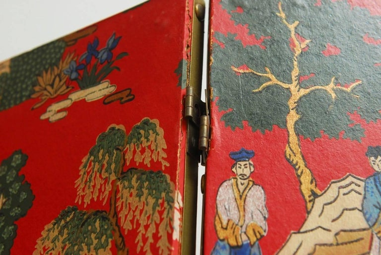 Chinoiserie Polychrome Wallpaper Three-Panel Pagoda Screen For Sale 4