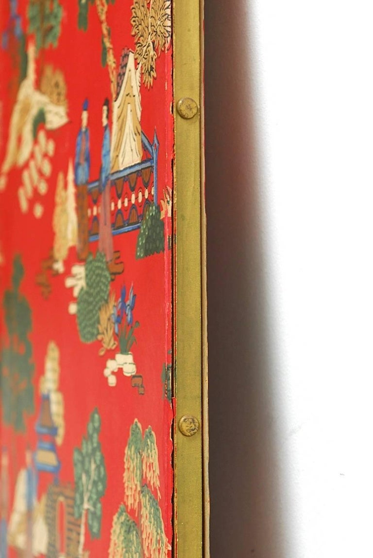 Chinoiserie Polychrome Wallpaper Three-Panel Pagoda Screen For Sale 2