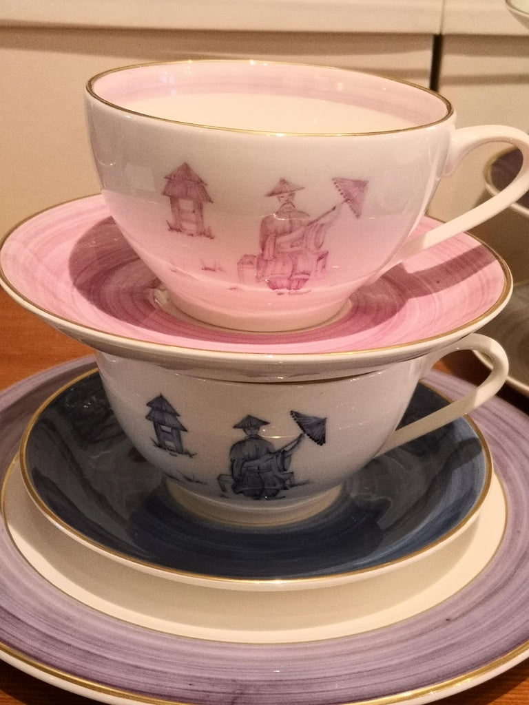 Chinoiserie Set of Four Porcelain Cups Hand Painted Sofina Boutique Kitzbuehel For Sale 1