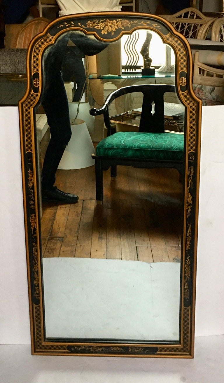 Chinoiserie Asian Style Serpentine Chest Dresser and Wall Mirror Set by Drexel For Sale 14