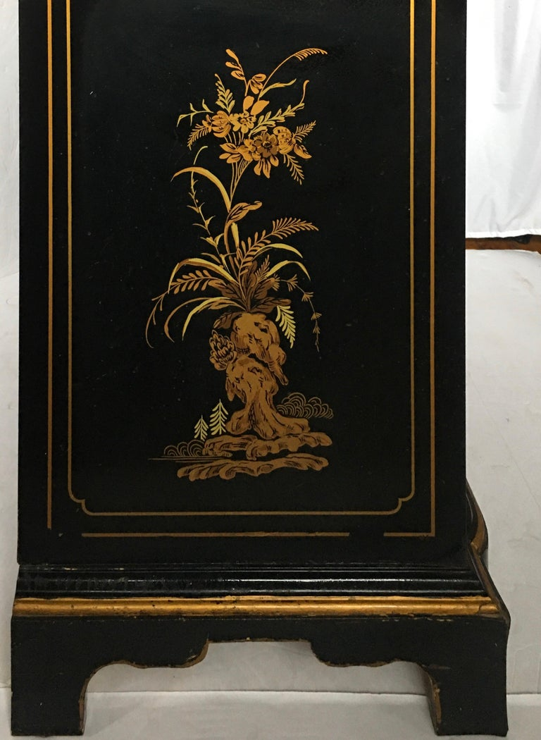 Chinoiserie Asian Style Serpentine Chest Dresser and Wall Mirror Set by Drexel For Sale 3
