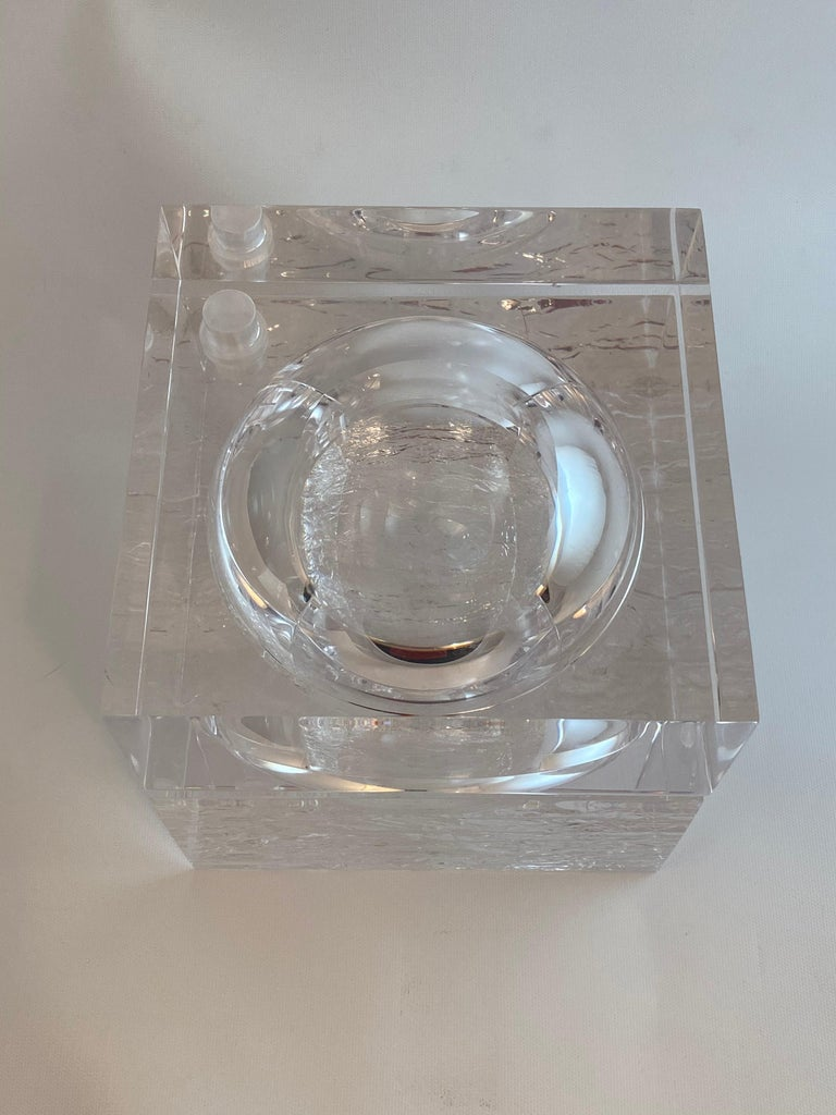 20th Century Chipped Ice Lucite Ice Bucket For Sale