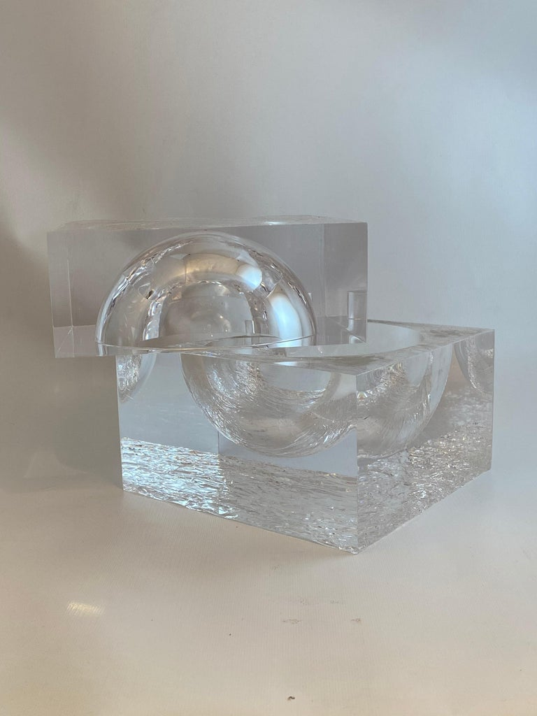 Chipped Ice Lucite Ice Bucket For Sale 2