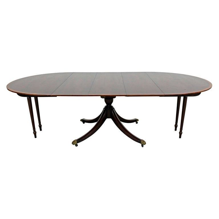 Chippendale Baker Cherry Banded Extendable Dining Table For Sale
