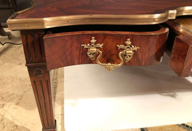 Chippendale Style Mahogany Cocktail Table In Fair Condition For Sale In New York, NY