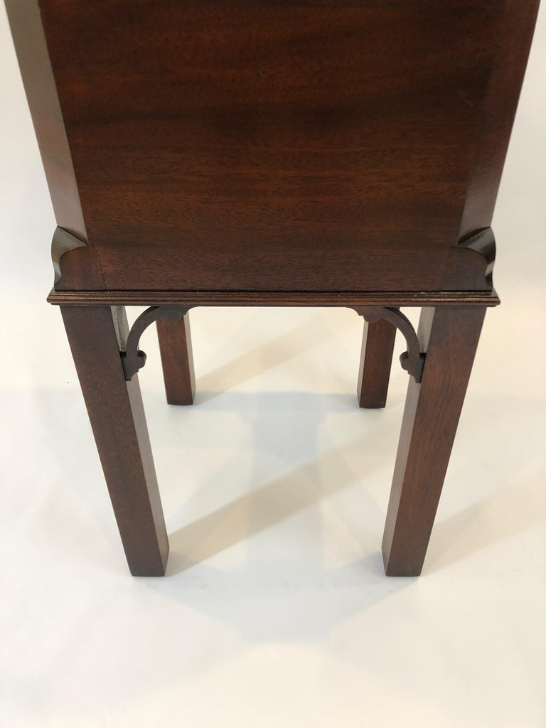 American Chippendale Style Mahogany Williamsburg Edition Cellarette End Table For Sale