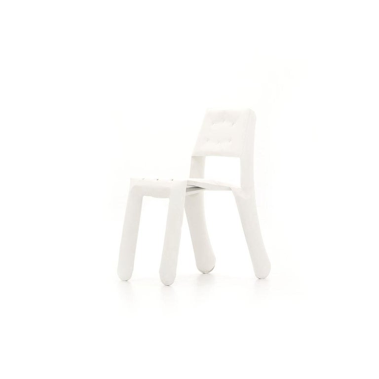 A development of the limited edition Chippensteel 0.5 chair available in new colors. It still offers a unique material experience but the shape of the chair has been slightly redesigned to allow a mass-production. The chair has been uniquely