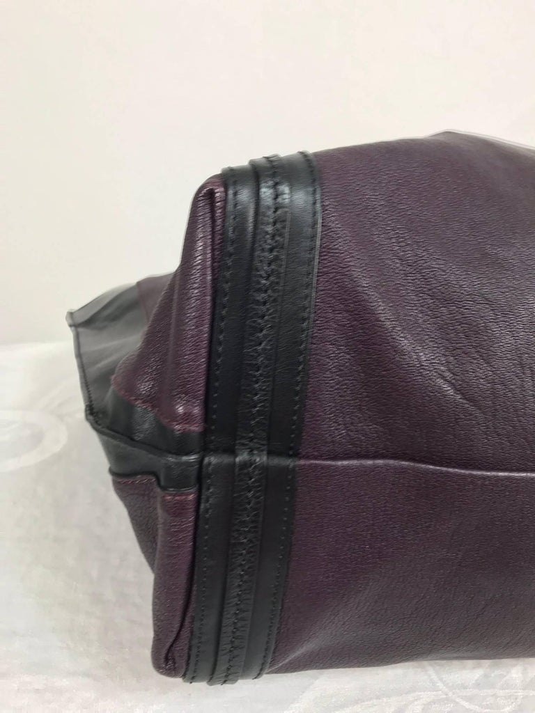 Chloe Alison East West tote in aubergine and black Large For Sale 3