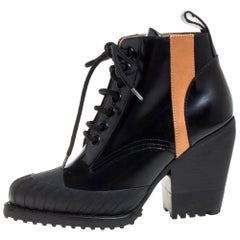Chloé Black Leather Rylee Rubber Cap Toe Lace Up Ankle Boots Size 36