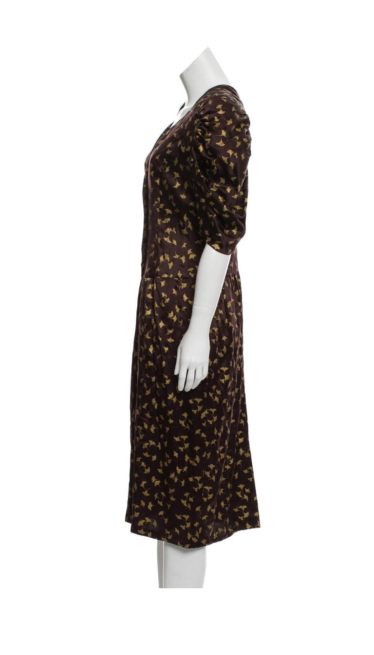 Chloe by Karl Lagerfeld purple and gold ginkgo leaf printed silk dress, 1980s. Condition: very good. Size Small  33
