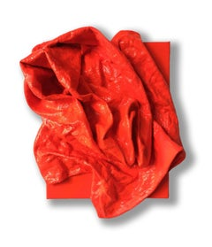 Fluorescent Grenadine Folds