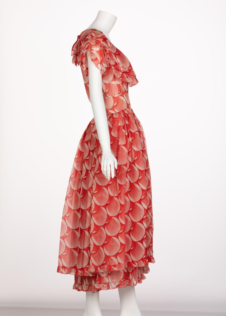 Chloe Karl Lagerfeld Red White Printed Silk Dress Runway 1982 In Excellent Condition For Sale In Boca Raton, FL