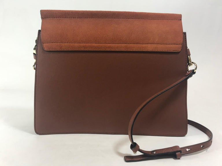 Chloe Medium Faye Bag In Excellent Condition For Sale In Roslyn, NY
