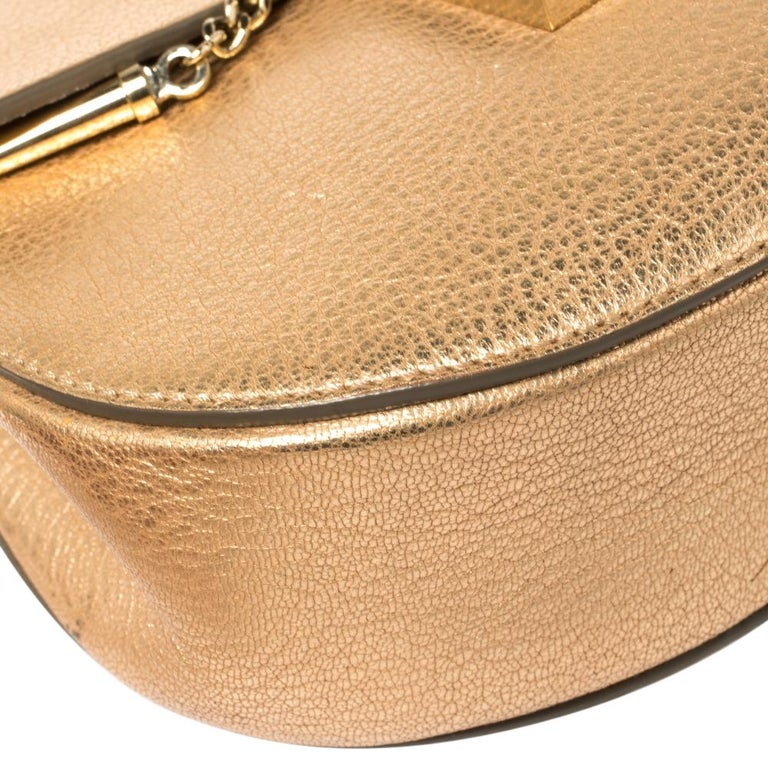 Chloe Metallic Rose Gold Leather Small Drew Shoulder Bag For Sale 7