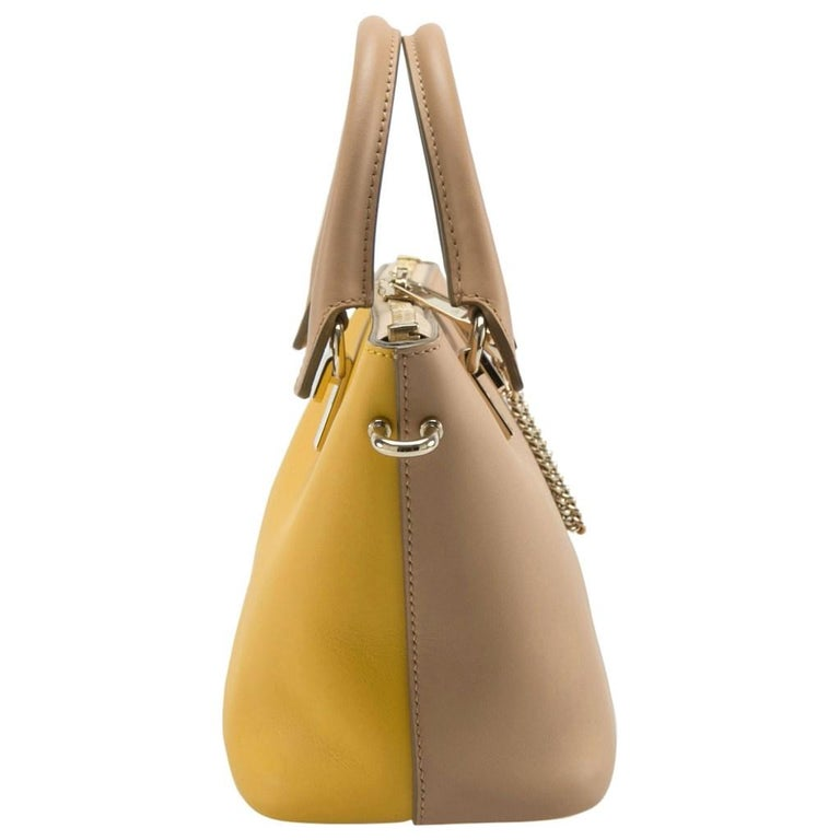 Chloe Mustard/Beige Leather Small Baylee Tote In Excellent Condition For Sale In Dubai, Al Qouz 2