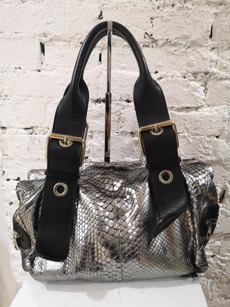 Chloè silver python skin black leather handbag In Excellent Condition In Capri, IT