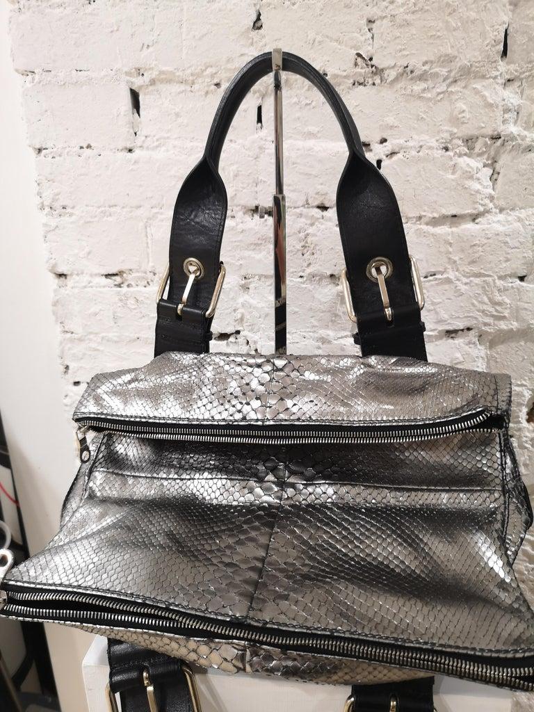 Chloè silver python skin black leather handbag 3