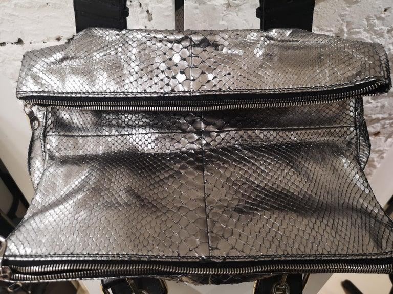 Chloè silver python skin black leather handbag 4