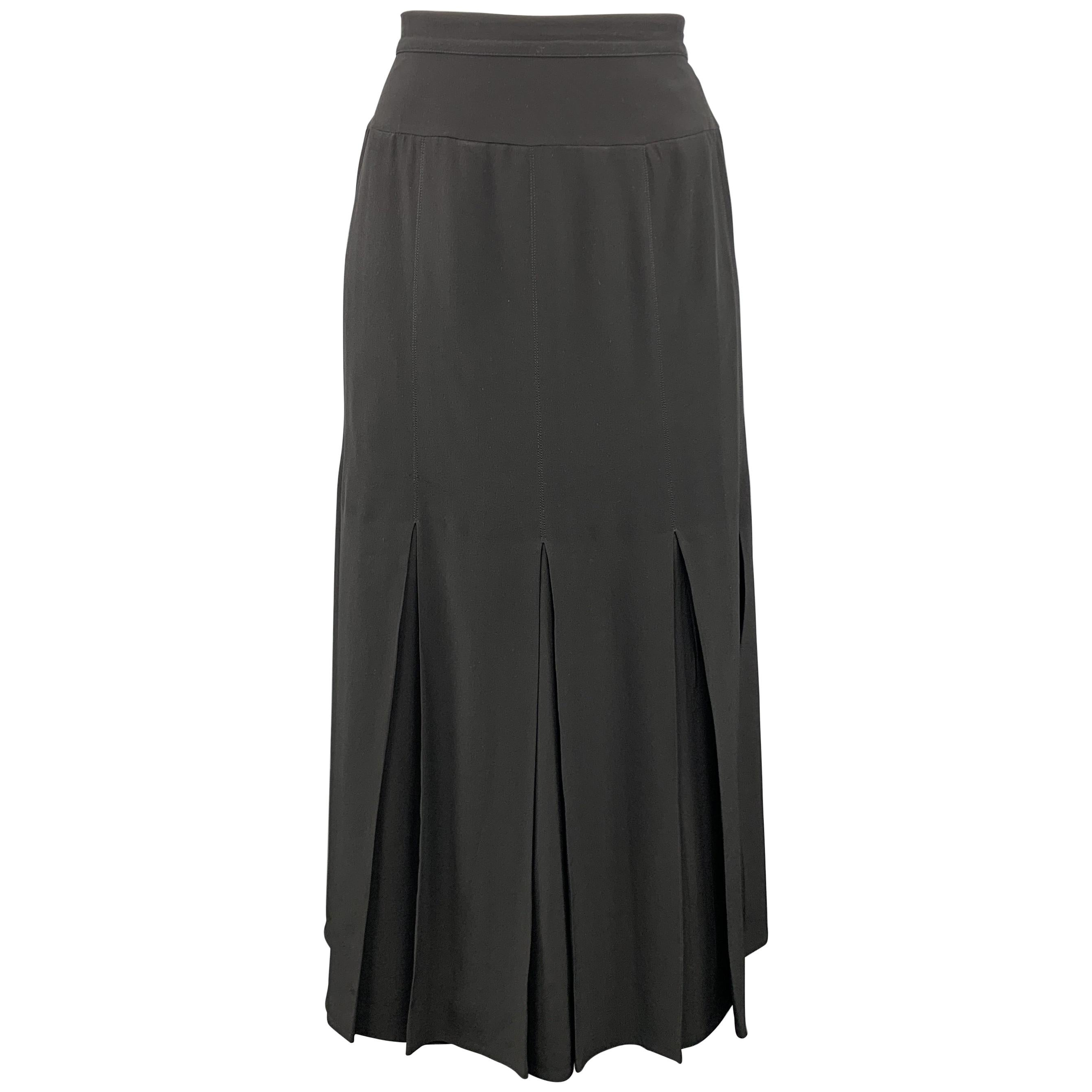 7184df11d7 Sui GENERIS Consignment Skirts - 1stdibs