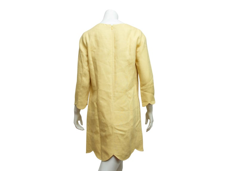 Chloe Yellow Scallop-Trimmed Shift Dress In Good Condition For Sale In New York, NY