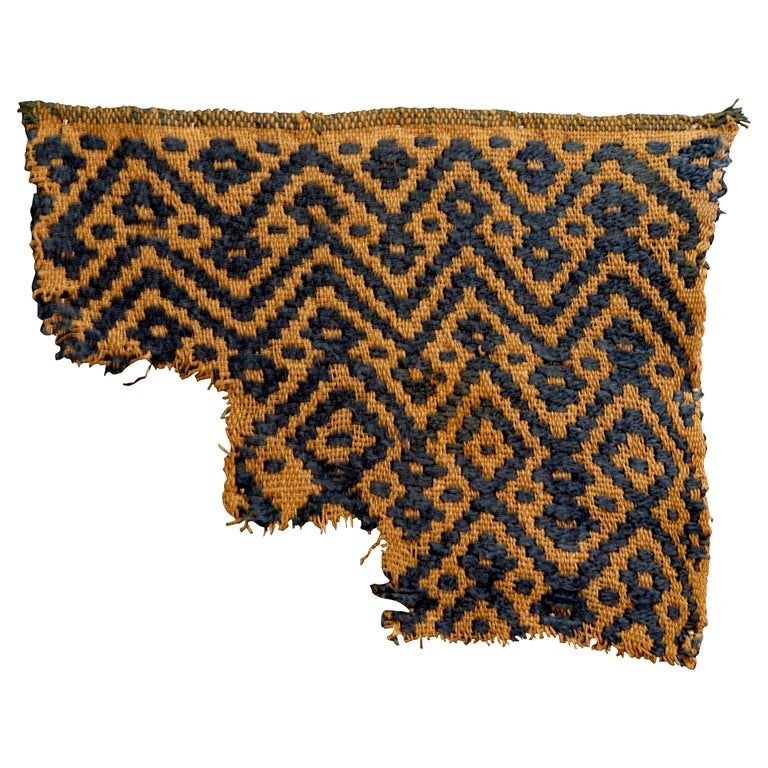 Choice Chimu Pre-Columbian Textile-Peru Ex Ferdinand Anton For Sale