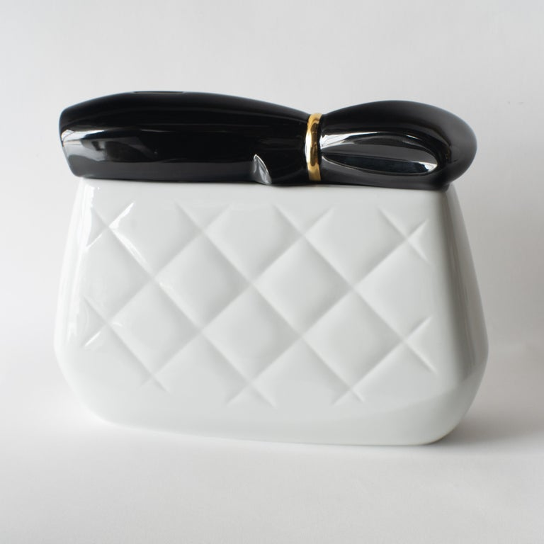 Ceramic piggy bank by Hisakazu Shimizu. Entitled