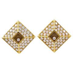 Chopard, 18 Karat Gold Happy Diamonds Clip Earrings Women 98 Pieces Diamond