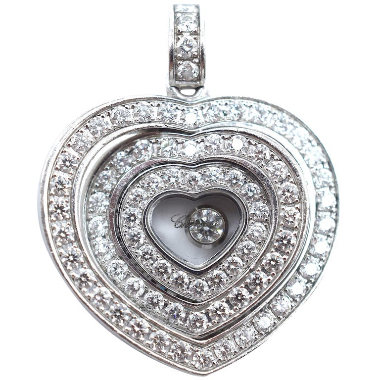 Chopard 18 Karat White Gold Heart Shaped Pave Diamond Happy Spirit Necklace For Sale