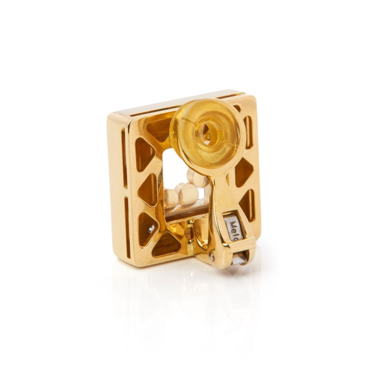 Women's Chopard 18 Karat Yellow Gold Happy Diamonds Square Earrings For Sale