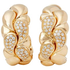 Chopard 18 Karat Yellow Gold Round Cut Diamond Casmir Earrings
