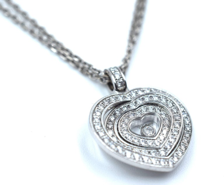 Chopard 18 Karat White Gold Heart Shaped Pave Diamond Happy Spirit Necklace In Good Condition For Sale In MIAMI, FL