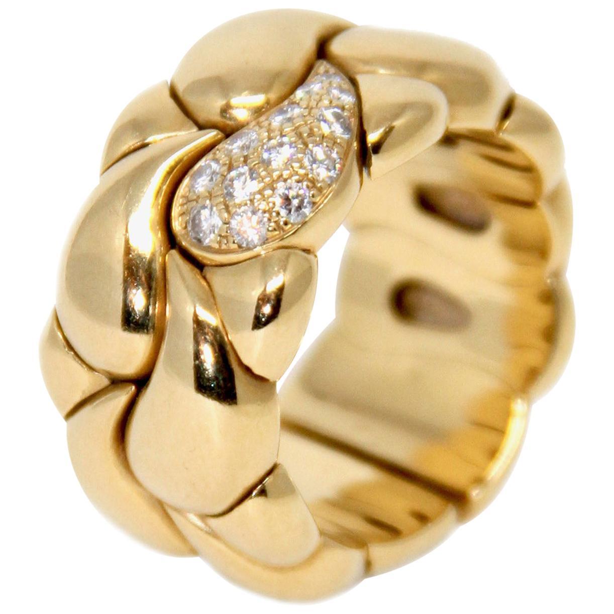 Chopard Casmir 18 Karat Yellow Gold and Diamond Ring