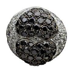 Chopard Colored Diamonds White Gold 3.10 Carat Round Diamond Pendant