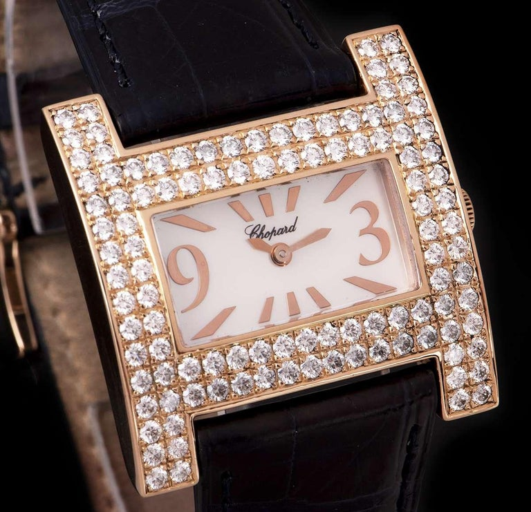 Chopard H Rose Gold Mother of Pearl Dial 39224-5002 Diamond Bezel Quartz In Good Condition For Sale In London, GB
