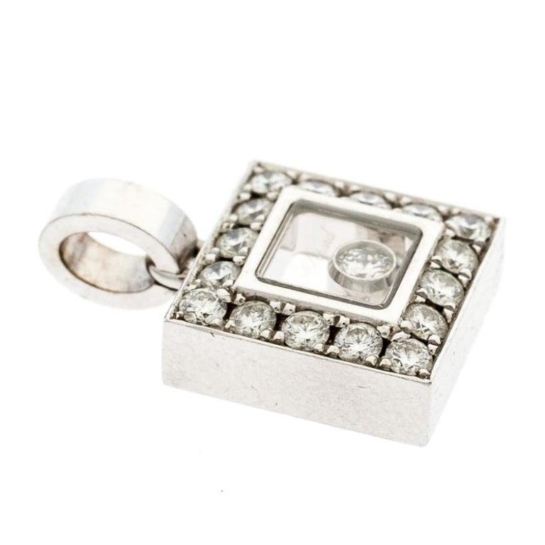 Chopard Happy Diamond 18k White Gold Square Pendant In Fair Condition For Sale In Dubai, Al Qouz 2