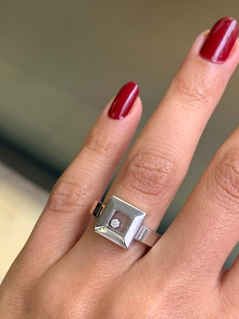Women's Chopard Happy Diamond Icons 18 Carat White Gold Ring For Sale