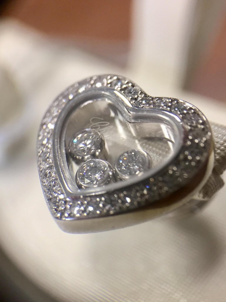 Chopard Happy Diamonds Heart Earrings 18 Karat White Gold In Good Condition For Sale In Pikesville, MD