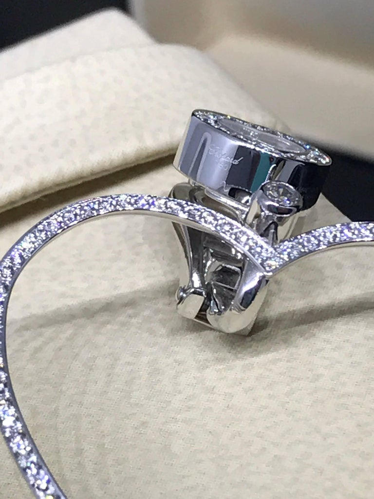 Chopard Happy Diamonds Hearts 18 Karat White Gold and Diamonds Large Earrings In New Condition For Sale In New York, NY
