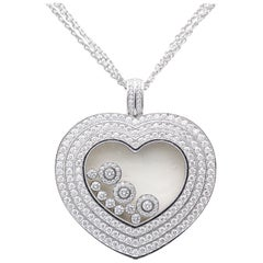 Chopard Maxi Happy Diamond Extra Large 18 Karat Gold Heart Pendant Necklace